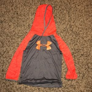Under Armour light weight pullover